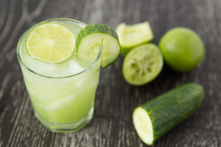 Refreshing-cucumber-lime-margaritas-2