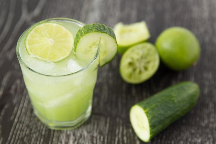 Refreshing-cucumber-lime-margaritas-2