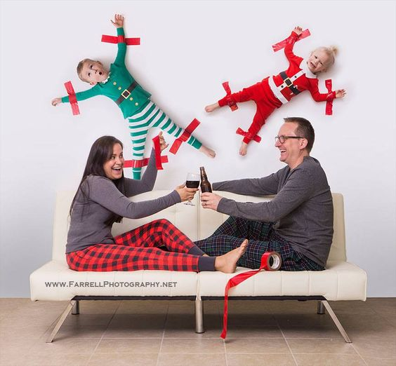 30 Unbelievably Awesome Christmas Card Photo Ideas For 2020