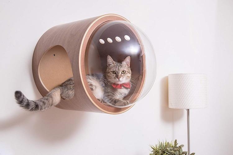spaceship-cat-bed-1