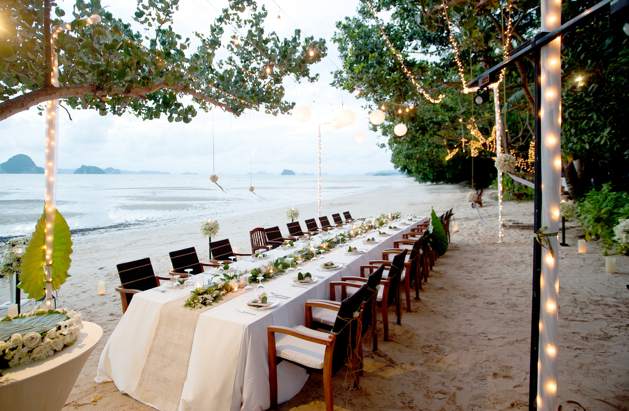 Beautiful romantic wedding Table on tropical beach